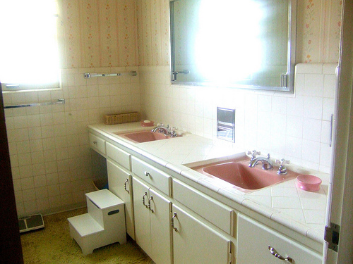 The 500 Mamie Pink Bathroom