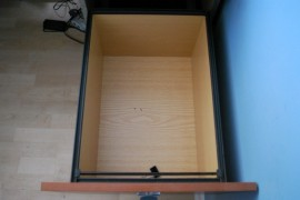 WM-desk drawers, 6