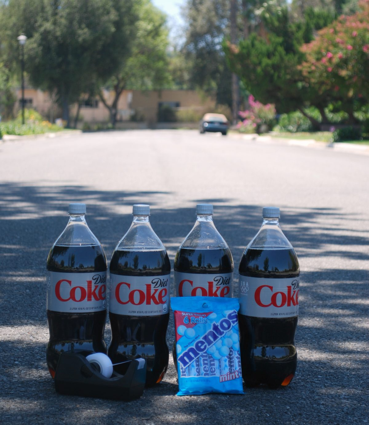 mentos and coke Mentos gone wild lesson overview learners become hooked on science when mentos candies are dropped into soda and cause a huge eruption learners will.