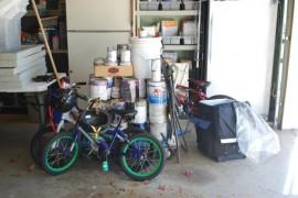Garage, 8