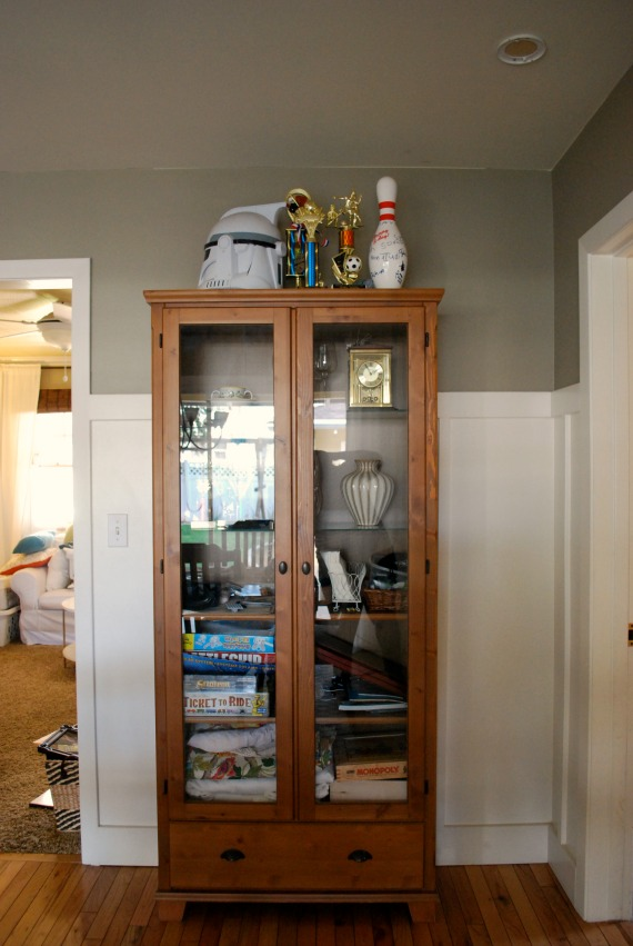 Game Cabinet, 1
