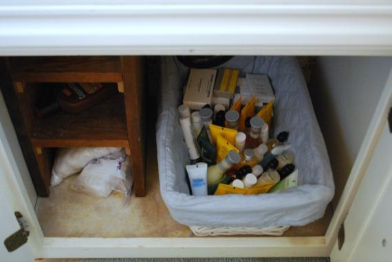 Under Sink, 4