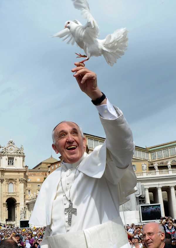 AP10ThingsToSee Vatican Pope Liberated Doves