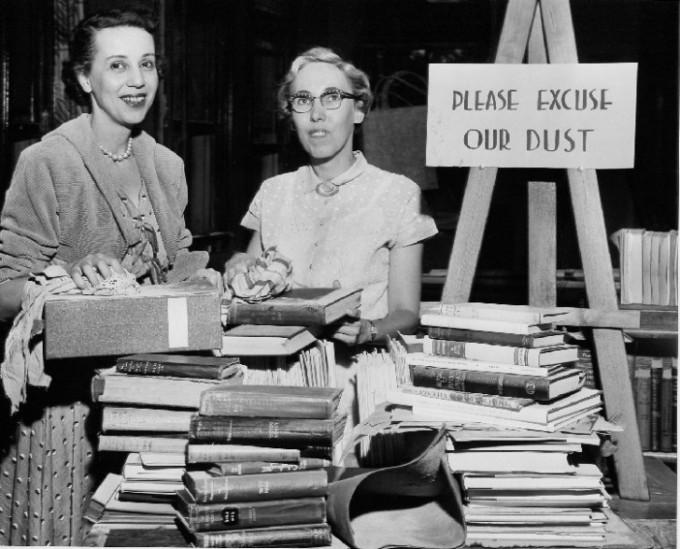 Niagara Falls librarians, 1955